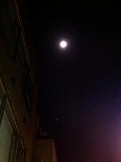 Moon_c0197505_083183.jpg