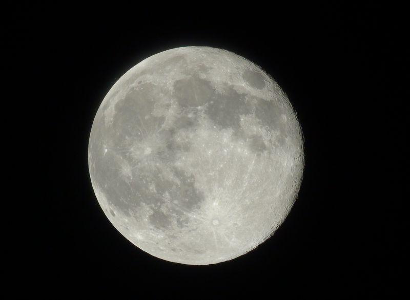 おっきなお月さん_c0047906_2239422.jpg