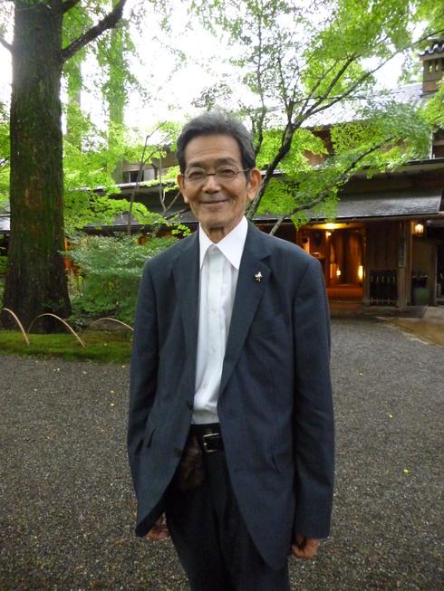 旅の中の小さな旅 湯布院 亀の井別荘_a0053662_16373458.jpg