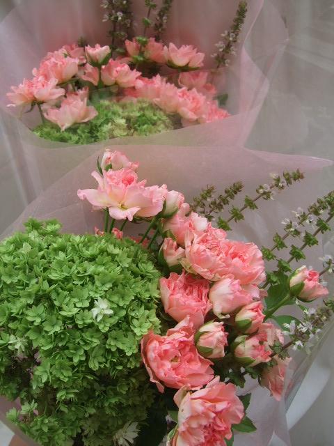 オークリーフ(白薔薇と紫陽花のブーケ)_f0049672_11232739.jpg