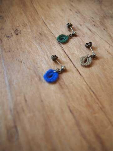 刺繍糸のモチーフ_a0235880_1650221.jpg
