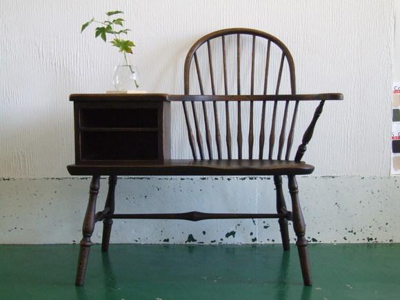 胸キュン☆な椅子、入荷しました。_d0224984_16384581.jpg