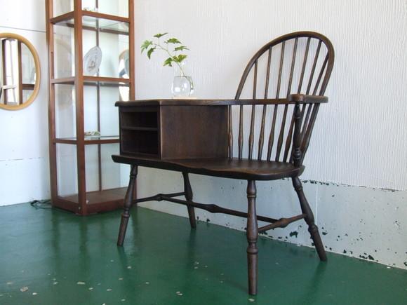 胸キュン☆な椅子、入荷しました。_d0224984_1639282.jpg
