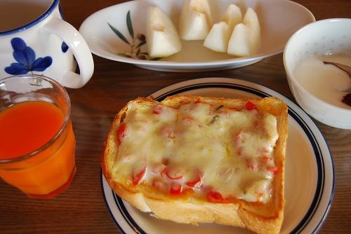 お腹いっぱいの朝食_c0124100_16133823.jpg