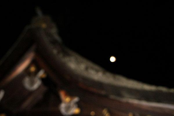 十六夜の月 久我神社など_e0048413_12251068.jpg