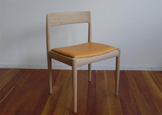 chair 4110 by カイ・クリスチャンセン_e0115686_1334862.jpg