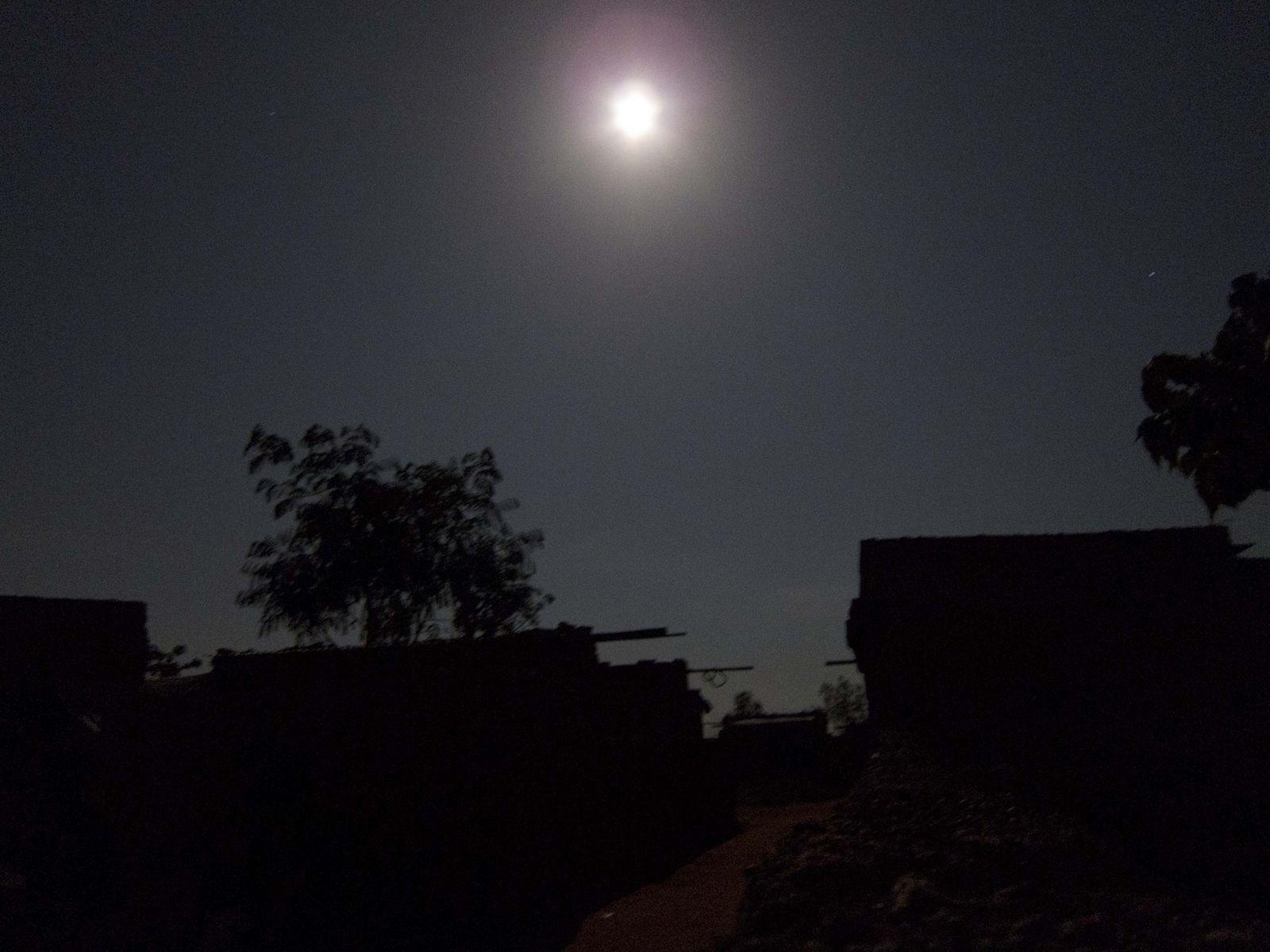 中秋の名月in アフリカ!_a0124588_7224996.jpg