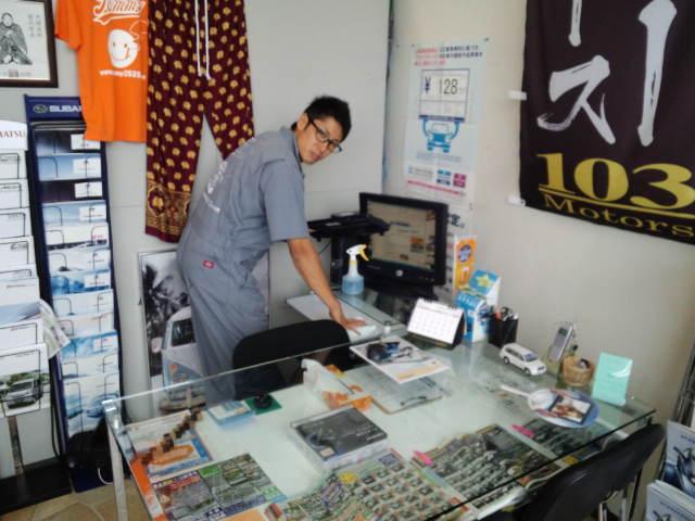 店長のニコニコブログ!N山様 ランクル100 ご成約☆_b0127002_21192068.jpg