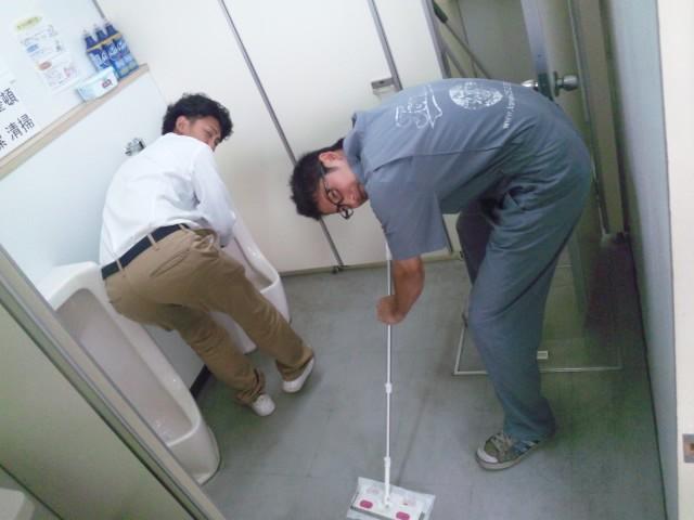 店長のニコニコブログ!N山様 ランクル100 ご成約☆_b0127002_21283266.jpg