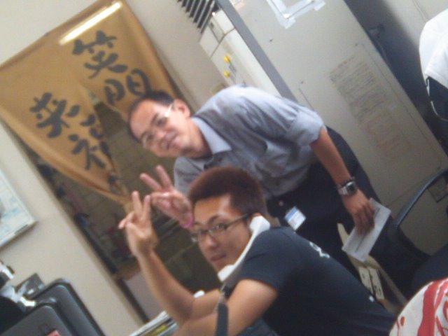 店長のニコニコブログ!N山様 ランクル100 ご成約☆_b0127002_21342397.jpg