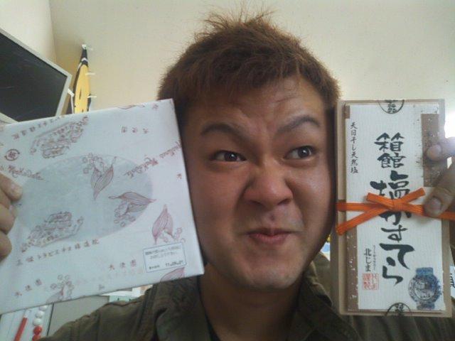 店長のニコニコブログ!N山様 ランクル100 ご成約☆_b0127002_2155949.jpg