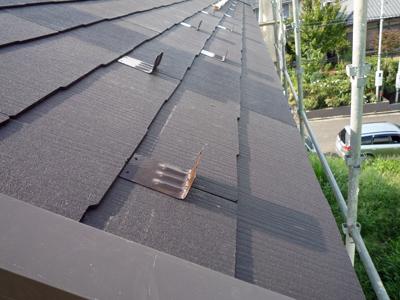 屋根材を敷きつめていきます_a0148909_73617100.jpg