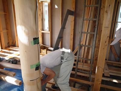 屋根材を敷きつめていきます_a0148909_7373576.jpg