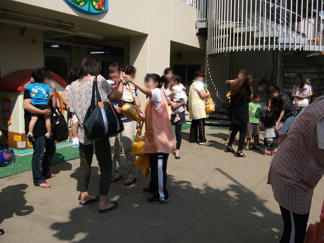 あか・赤ちゃん組 給食懇談会_e0148419_9183316.jpg