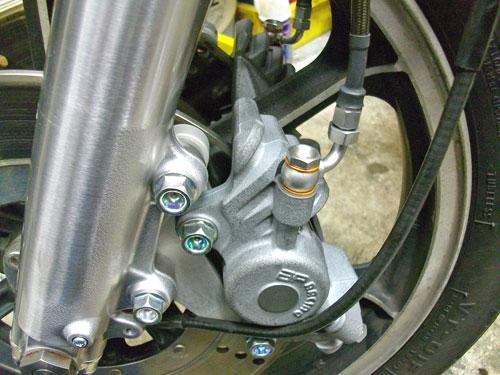 Z1000LTD Fフォーク・ブレーキ・キャブレターのグレードアップ♪_c0086965_12572455.jpg