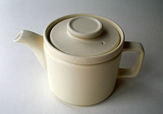 white pot_b0195783_11275112.jpg