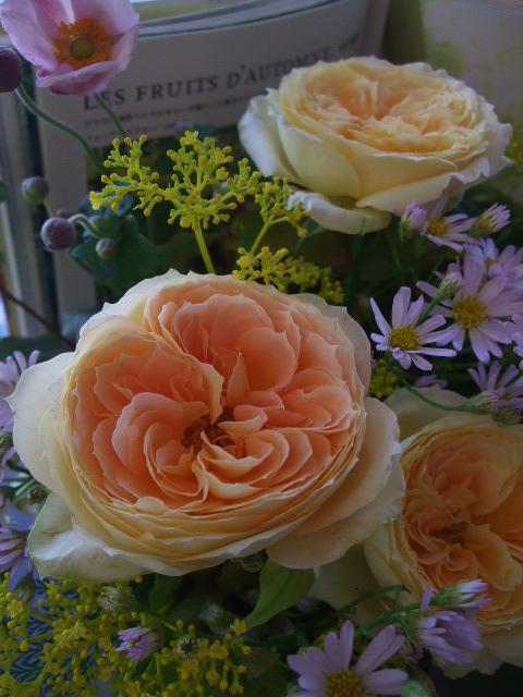 オークリーフ(秋の和花とバラのアレンジメント)_f0049672_11505080.jpg