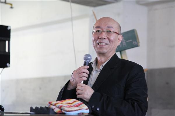 鷲田清一さん講演「哲学にとっての現場」_e0150642_11504685.jpg