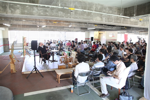鷲田清一さん講演「哲学にとっての現場」_e0150642_11511835.jpg