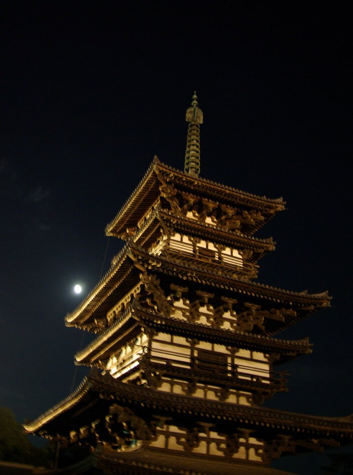 奈良薬師寺観月会/Moon-viewing Party of Yakushiji in Nara_e0140365_024215.jpg