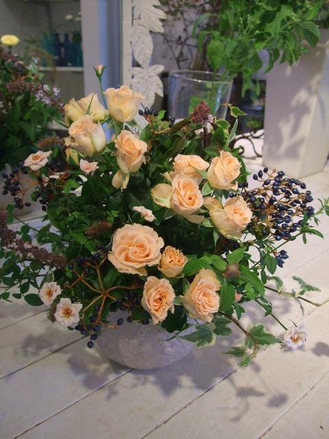 オークリーフ花の教室(秋の優しいピンクカラー)_f0049672_19331762.jpg