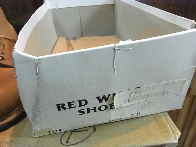 本日入荷!70'S REDWING 2224 セパレートBOX デッドストック!_c0144020_124039.jpg