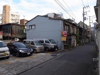 西麻布、六本木界隈だって住宅は多かった_d0057843_21465592.jpg