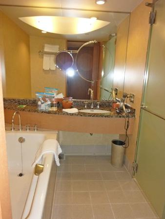 パンパシフィック横浜ベイホテル東急に泊ったよ。_f0054556_1411113.jpg