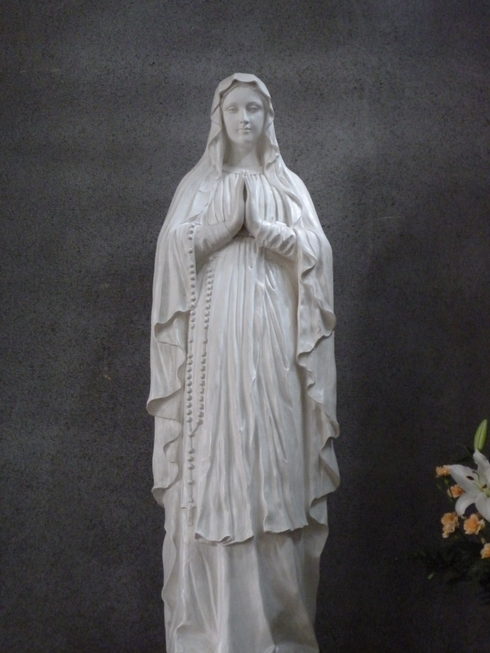 広島世界平和記念聖堂 カトリック幟町教会 @ ミニマリアの広島 おさんぽ。。。.♡*† *・。・。+_a0053662_18535548.jpg