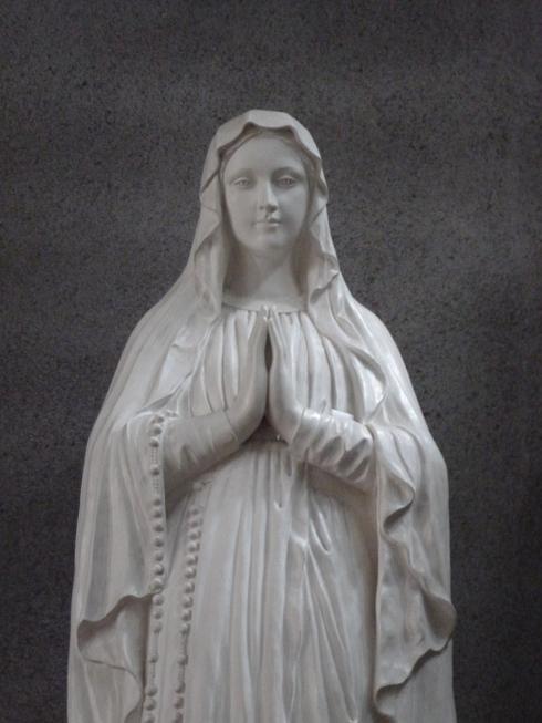 広島世界平和記念聖堂 カトリック幟町教会 @ ミニマリアの広島 おさんぽ。。。.♡*† *・。・。+_a0053662_18551548.jpg