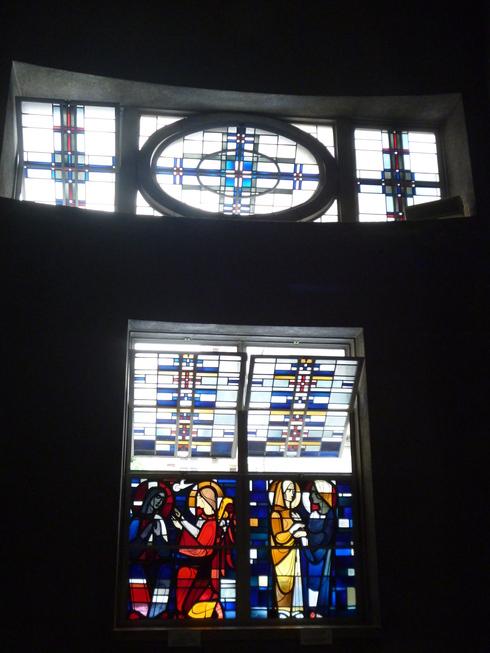 広島世界平和記念聖堂 カトリック幟町教会 @ ミニマリアの広島 おさんぽ。。。.♡*† *・。・。+_a0053662_1914875.jpg