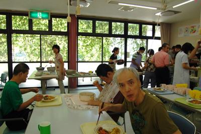 お楽しみ給食会を実施~☆_a0154110_16562490.jpg