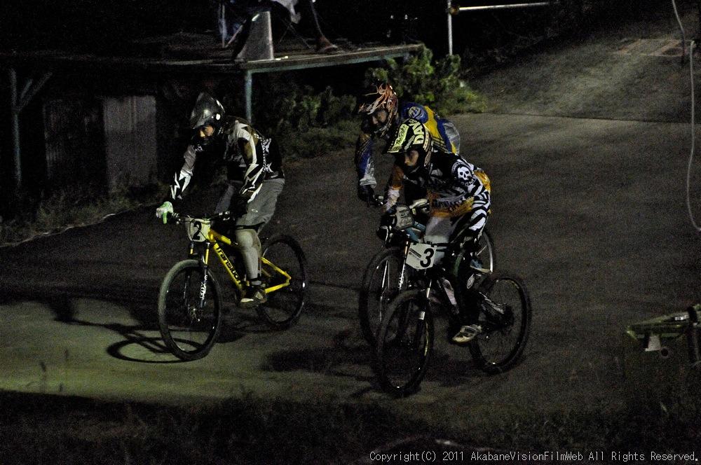 "11\""JOSF JAPAN Open Night Race VOL4:MTBエリート決勝 動画有り_b0065730_1018416.jpg"