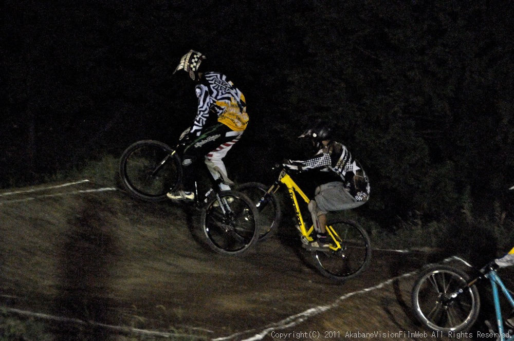 "11\""JOSF JAPAN Open Night Race VOL4:MTBエリート決勝 動画有り_b0065730_1018506.jpg"
