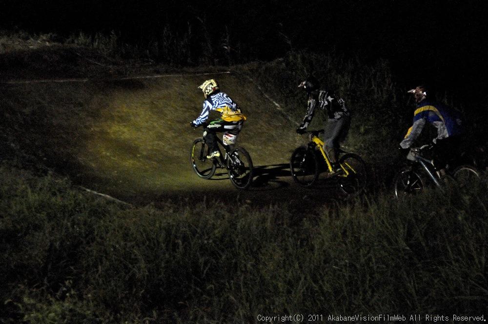 "11\""JOSF JAPAN Open Night Race VOL4:MTBエリート決勝 動画有り_b0065730_1019040.jpg"