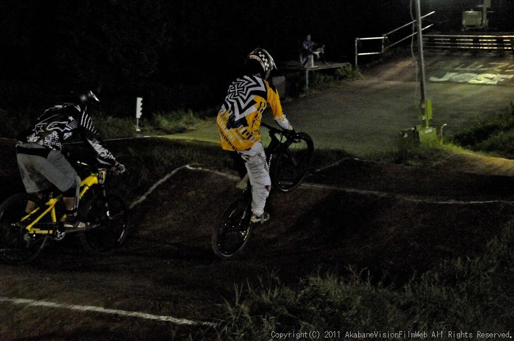 "11\""JOSF JAPAN Open Night Race VOL4:MTBエリート決勝 動画有り_b0065730_10214792.jpg"