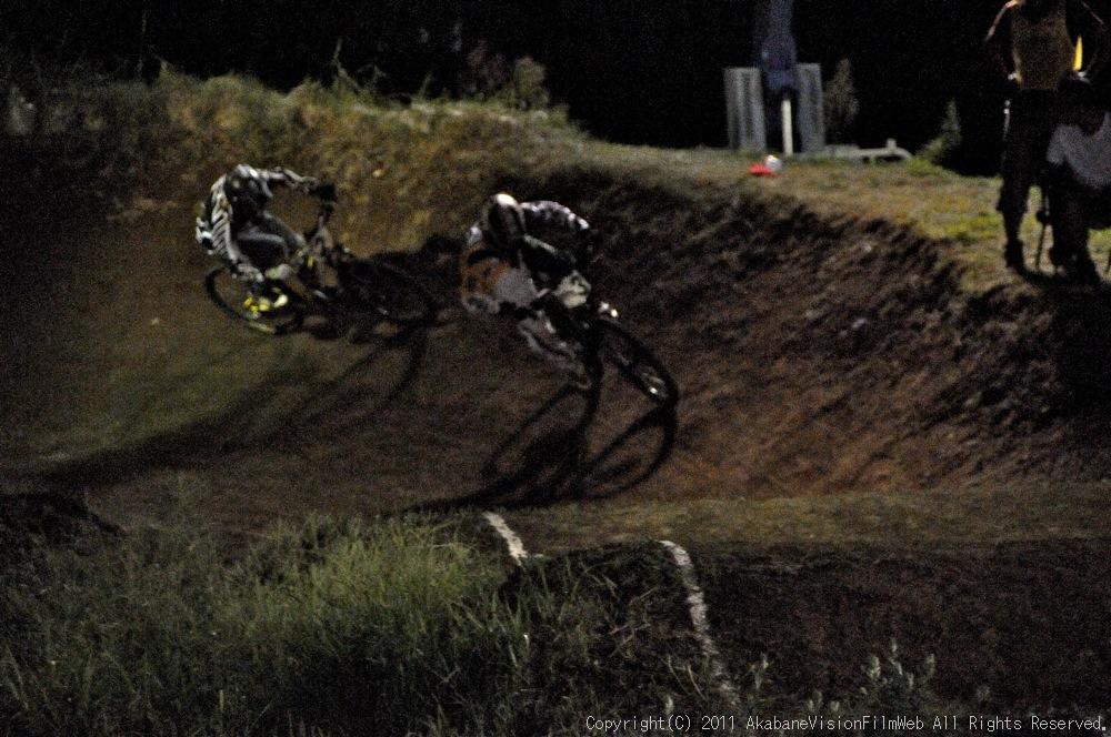 "11\""JOSF JAPAN Open Night Race VOL4:MTBエリート決勝 動画有り_b0065730_10221378.jpg"