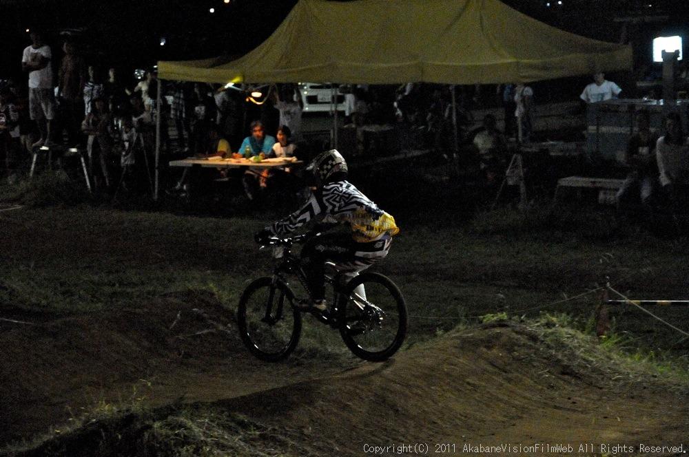"11\""JOSF JAPAN Open Night Race VOL4:MTBエリート決勝 動画有り_b0065730_10224918.jpg"