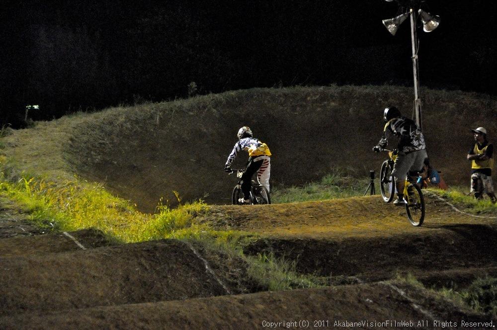"11\""JOSF JAPAN Open Night Race VOL4:MTBエリート決勝 動画有り_b0065730_10231310.jpg"