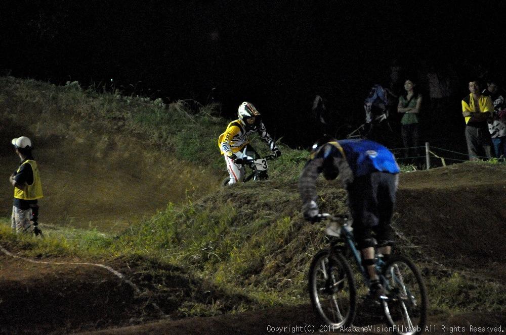 "11\""JOSF JAPAN Open Night Race VOL4:MTBエリート決勝 動画有り_b0065730_10235740.jpg"