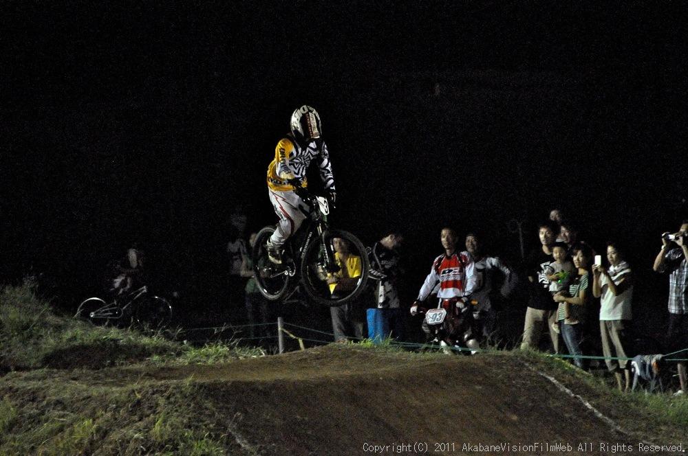 "11\""JOSF JAPAN Open Night Race VOL4:MTBエリート決勝 動画有り_b0065730_10242186.jpg"