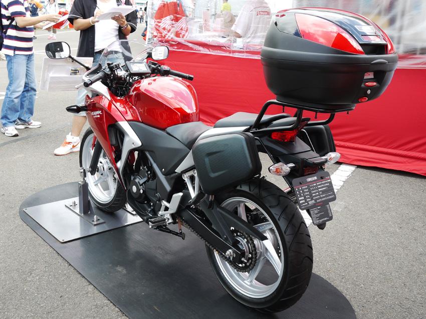 Honda Cbr250r ツーリング仕様 風とバイクと俺と。