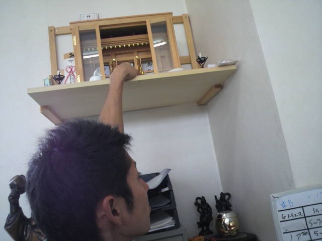 店長のニコニコブログ!F井様 30セルシオ ご成約☆_b0127002_20531152.jpg