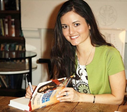 子役から女優、兼、米国No1の売れっ子数学書作家へ Danica McKellarさん_b0007805_0583437.jpg
