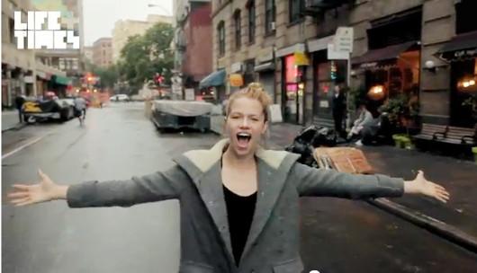 NYの街角で30名のモデルさんがEmpire State of Mindを熱唱するビデオ_b0007805_1440397.jpg