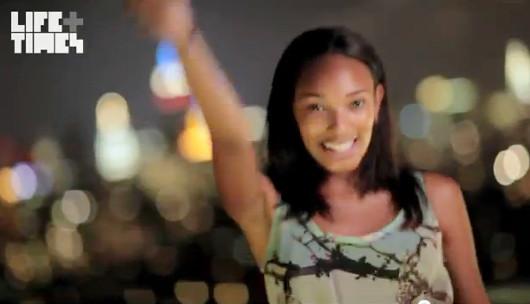 NYの街角で30名のモデルさんがEmpire State of Mindを熱唱するビデオ_b0007805_1544795.jpg
