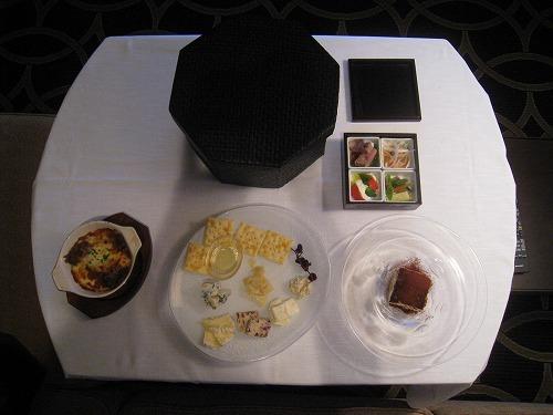 8月 神戸旧居留地オリエンタルホテル ルームサービス_a0055835_18314935.jpg