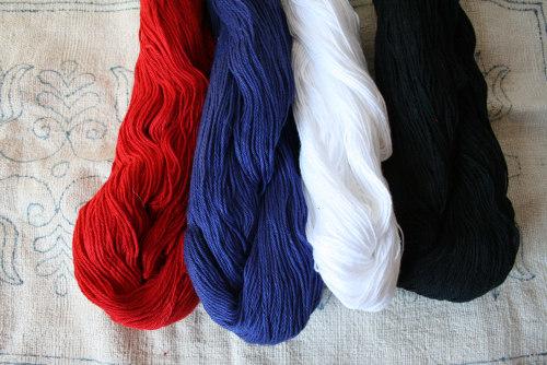 刺しゅう糸に新色が加わりました。_b0142544_324126.jpg