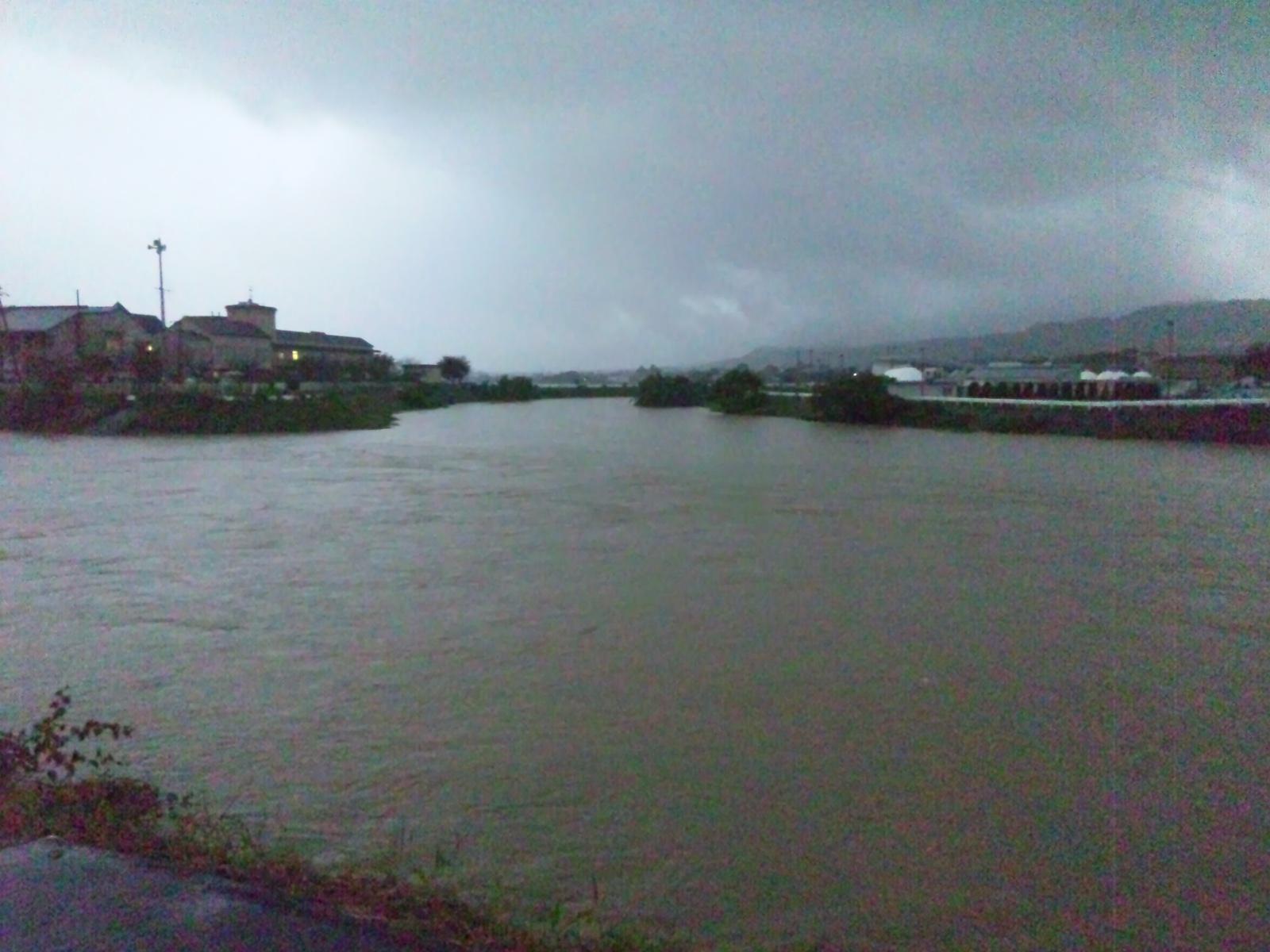 台風ばっかし_d0235710_11114821.jpg