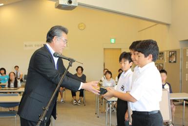 学校花壇コンクール表彰式と写真展_e0145841_1753978.jpg